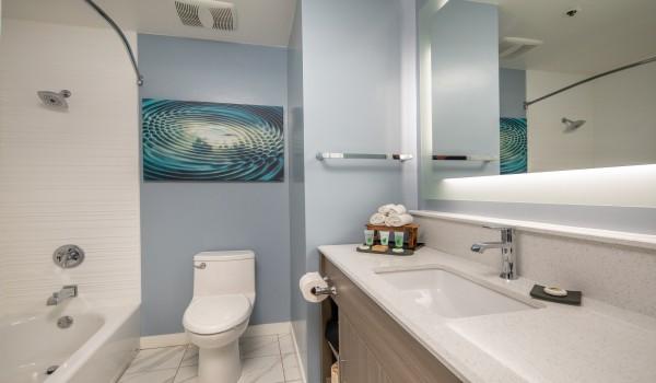 Inn at Rockaway - Guest Bathroom